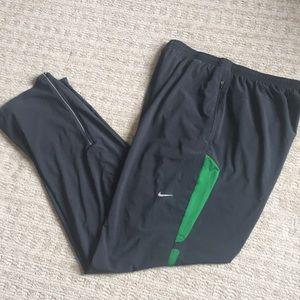 Like new Nike basketball / gym pants sz L tall